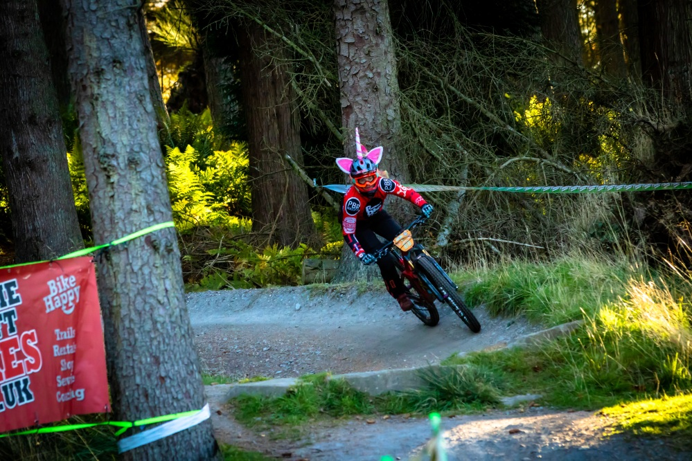 Lynette Deacon Muckmedden Fair City Enduro Unicron